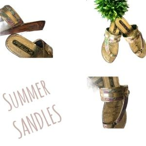 GOLD AND FLORAL SANDLES SIZE 8